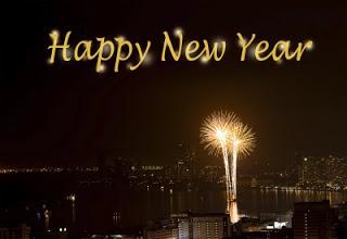 feliz-ano-novo-com-fogos-luminosos