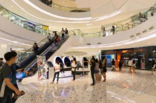 interior-de-um-shopping-center