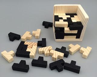 jogo-de-raciocinio-de-madeira-luban